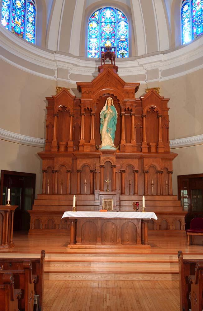 Altars & Furnishings